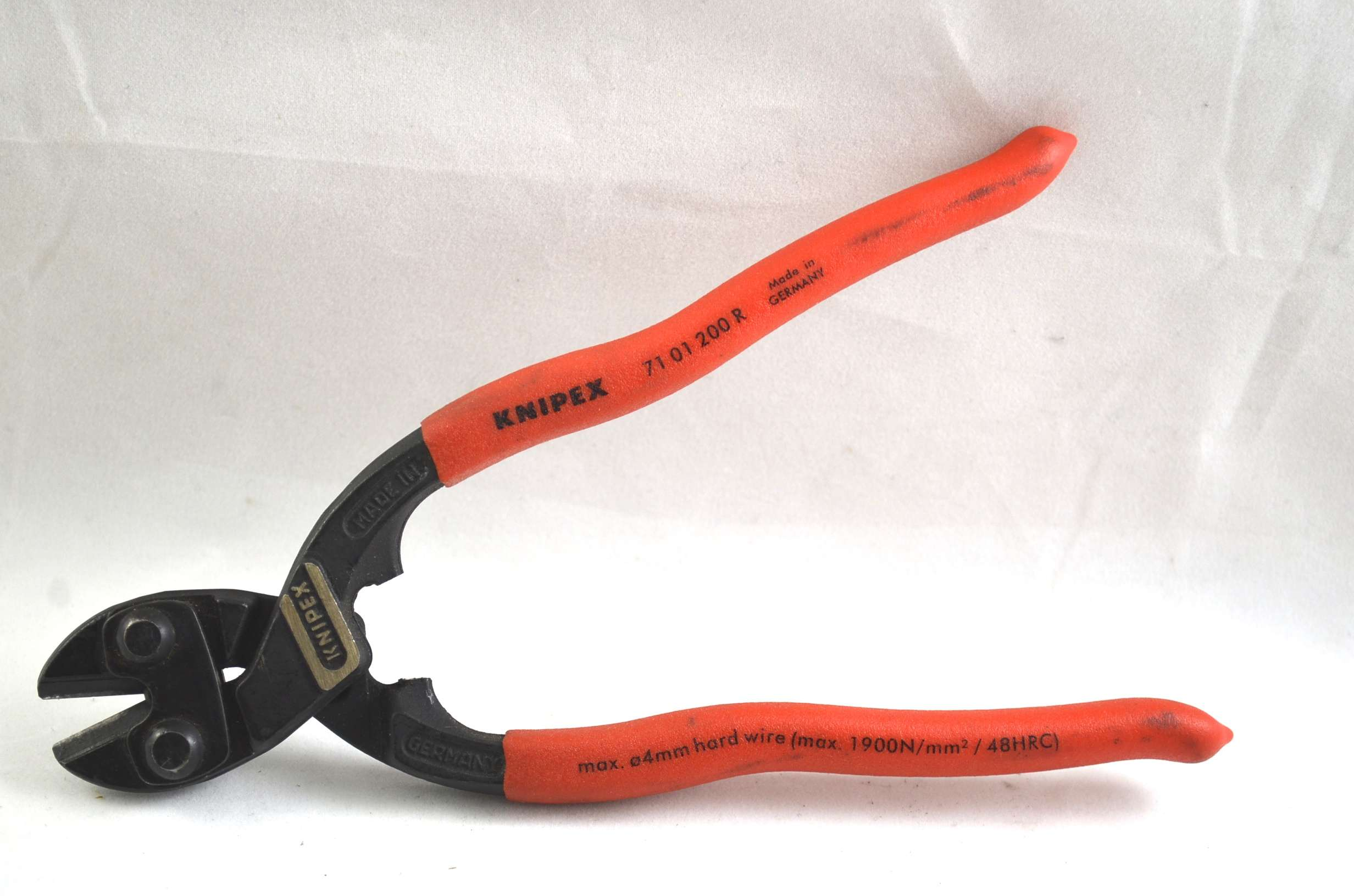 knipex wire cutters live wire products inc. Black Bedroom Furniture Sets. Home Design Ideas