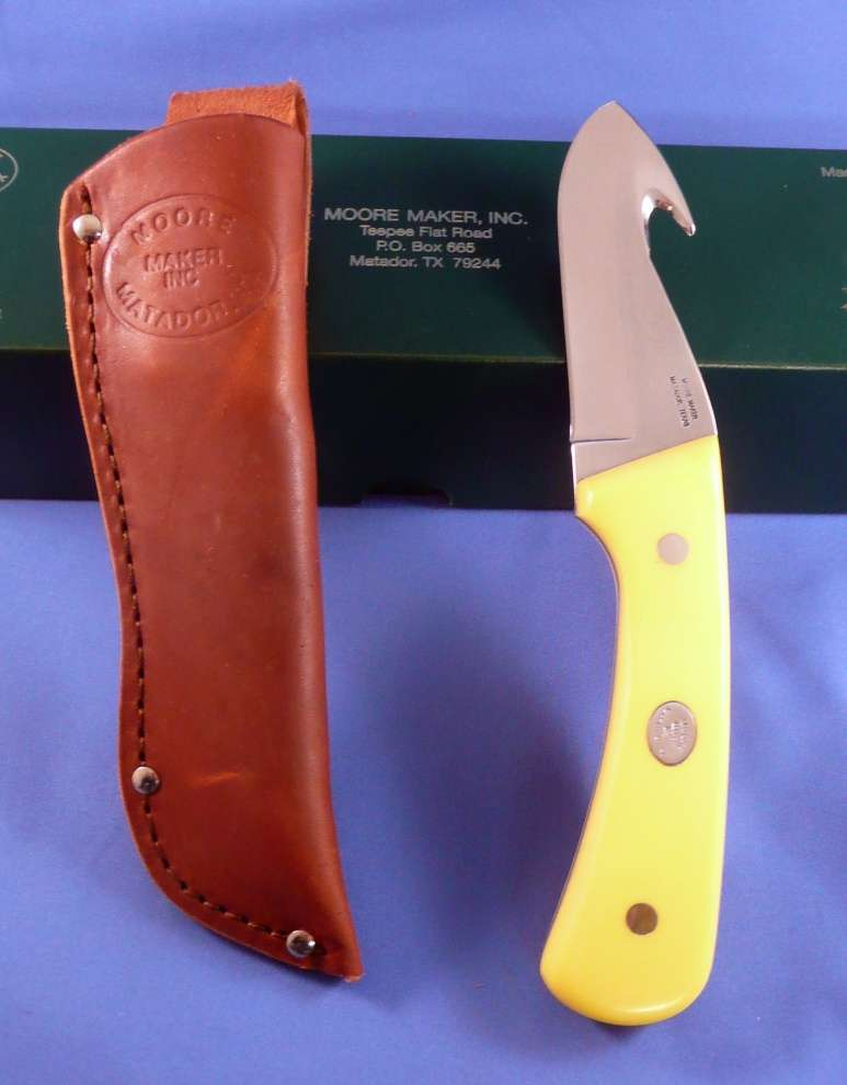 Moore Maker 7 3/4″ Fixed Blade w/ Gut Hook